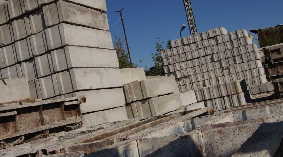 Фундаментные блоки и стеновые блоки всегда на складе, из лучшего бктона,